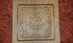 Magyar motívummal faragott egyedi fából készült mézeskalács forma.